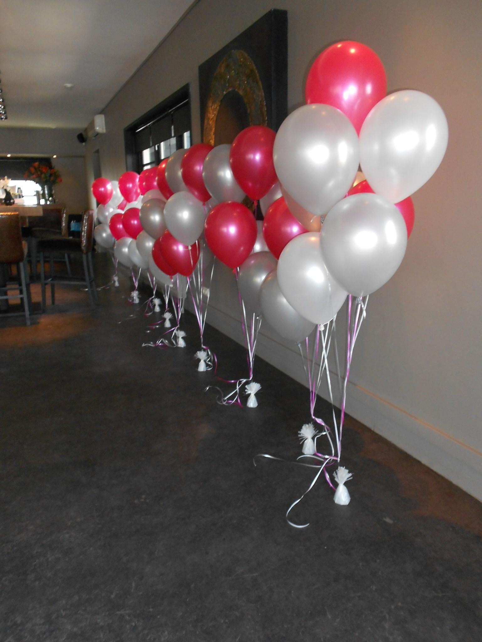 Helium ballonnen feest verhuur volendam for Ballonnen tafels